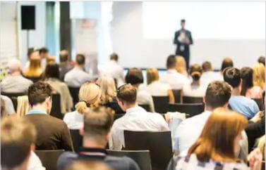 Un centru de training care poate fi deschis cu fonduri nerambursabile prin accesarea serviciilor de consultanta fonduri europene.