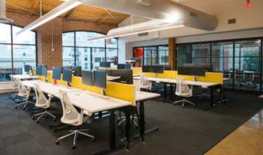 Accesare de fonduri europene prin POR 2.2 pentru dotare sediu cu calculatoare si birouri.
