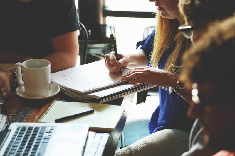 Pregatire de proiecte de fonduri europene in 2020 2021 - faza1 scrierea pe carnet a ideilor si detalierea planului afacerii.